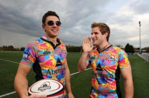 Edinburgh's Phil Godman and Nick de Luca with the loudest kit in rugby!!?